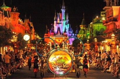 Boo to You Parade (c) Disney.JPG