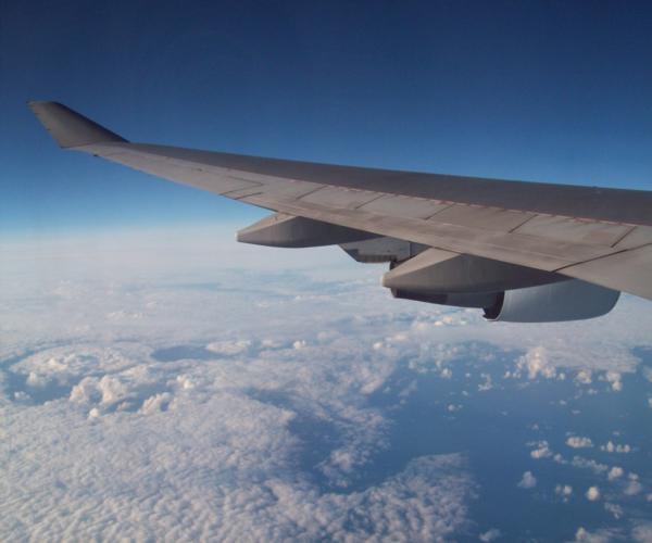 aircraft_clouds_flight_airplane_travel_transport_blue_horizon-565930.jpg!d